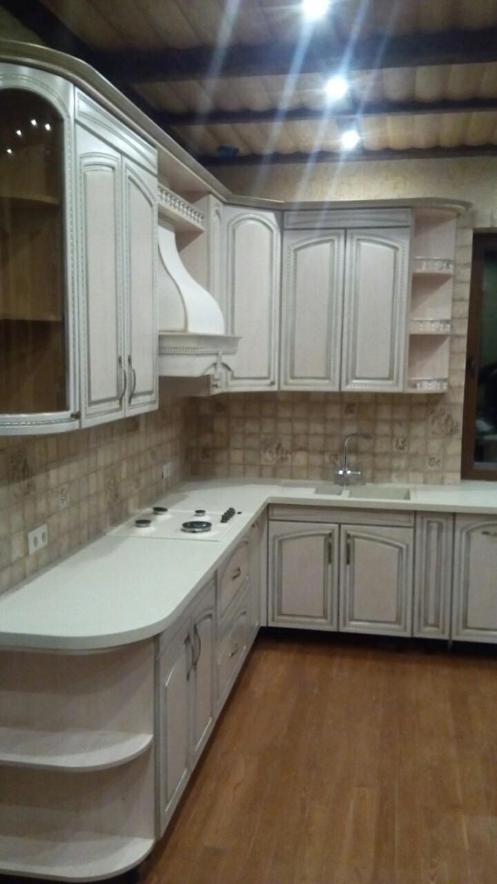 Угловая кухня с эмалью и патиной, фото 4