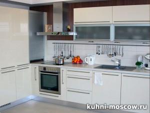 Светлый кухонный гарнитур афанасия
