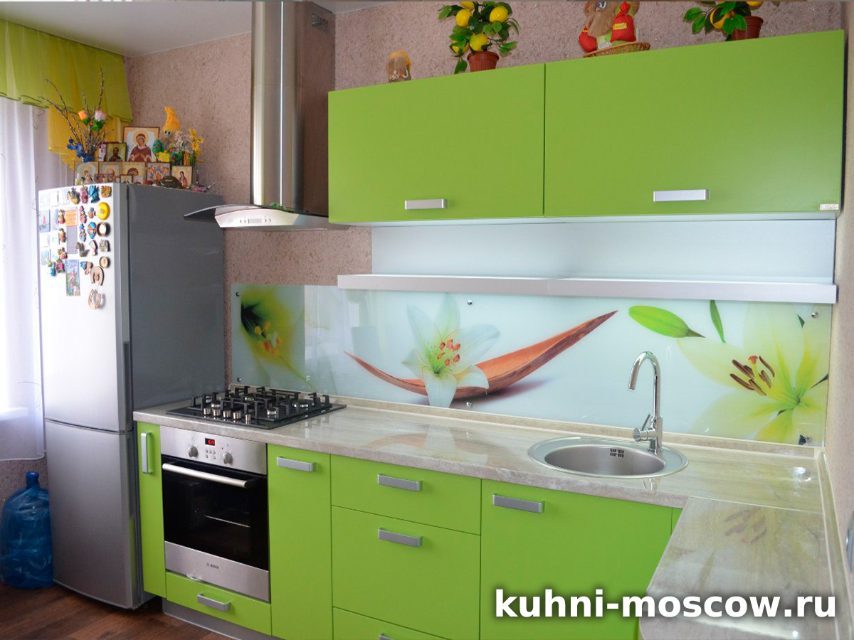 Салатовая кухня Милана