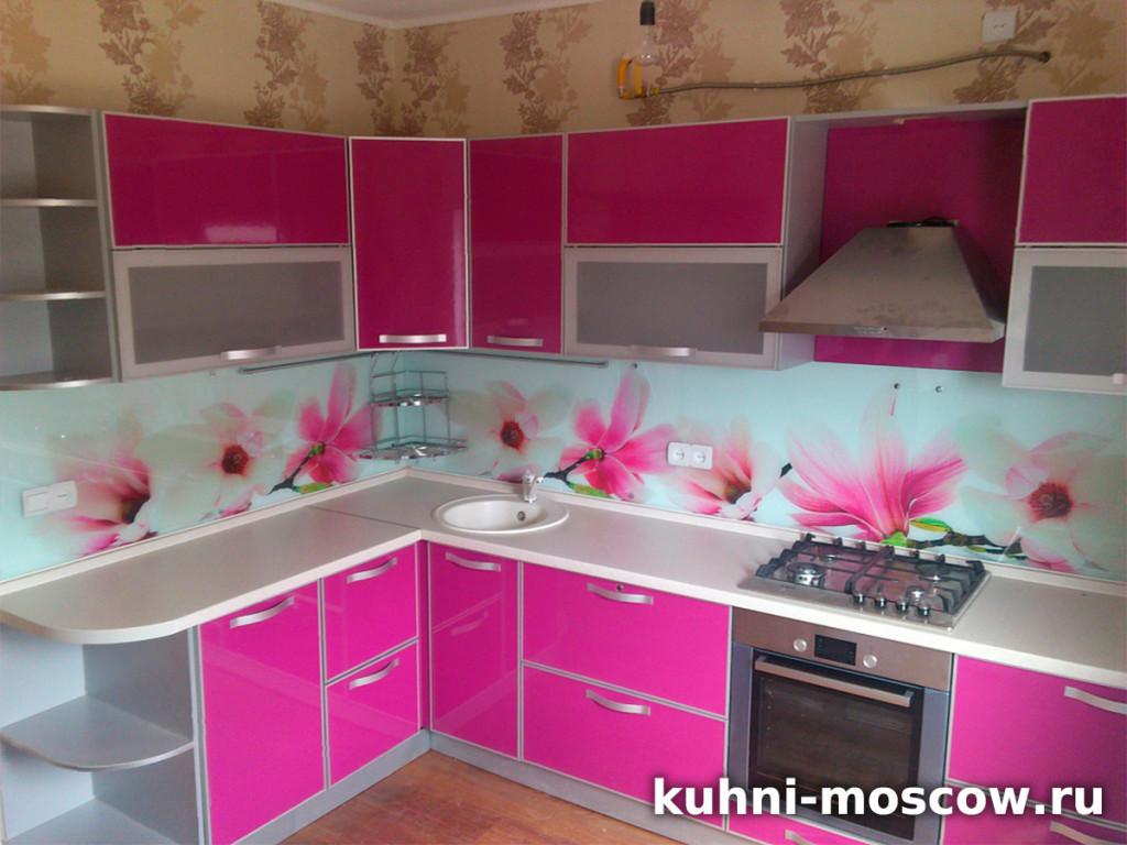 Яркая кухня от производителя